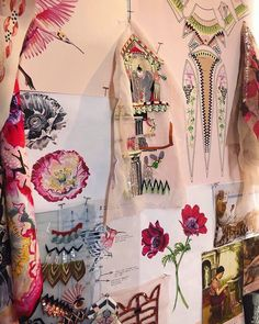 Summer 2019 | Now in the window at the flagship store in Mayfair. The installation gives an insight into the inspiration, processes and techniques that Alice and her design team used to create the Summer 19 collection. Alice Temperley, Bridal Accessories, Creative Inspiration, Tapestry, London, Create, Summer, Collection, Cuba