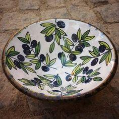 #tallerdeana #zeytin #olives #olivas #ceramica #ceramic #loveceramics #ceramics #céramique #handmadeceramic #seramiksanatı #seramik #clay #seramikatolyesi #potterybowl #pottery #lovepottery #ayvalik #ayvaliktayasam #cundaadası #cunda