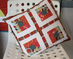 Jan's log cabin cushion Small Groups, Workshop, Cushion, Students, Cabin, Colours, Quilts, Blanket, Scrappy Quilts