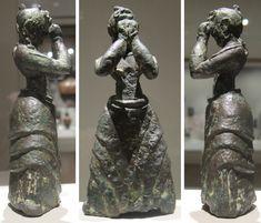 File:Minoan girl, c. 1600-1500 BCE, bronze, Crete, Cleveland Museum of Art ./tcc/