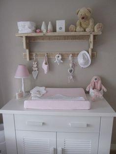 Like the idea of the shelf! Baby Bedroom, Nursery Room, Girls Bedroom, Baby Crib Mobile, Baby Cribs, Boys Room Decor, Girl Room, Baby Changing Station, Little Baby Girl