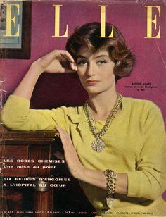 Anouk Aimée en couverture de Elle en 1957 photographiée par Jean Chevalier