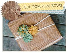 Delightfully Tacky: DIY: Felt PomPom Bows