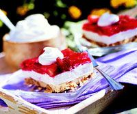 Yummy....Creamy strawberry squares...bring on the berries!