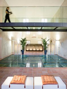 Spa at Mandarin Oriental, Prague. I love going to spa - I guess who doesn't? But if I could I would remain loyal to the Mandarin Oriental in Prague. I had a four hand massage which I fully recommend. Prague Restaurants, Prague Hotels, Spa Therapy, Relaxation Room, Spa Design, Mandarin Oriental, Luxury Spa, Oriental Design, Hotel Spa