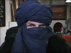 One way for a man to wrap a turban.  There are many ways to wrap turbans.
