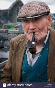 Znalezione obrazy dla zapytania old man with pipe
