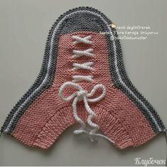 Crochet Shoes Pattern, Shoe Pattern, Crochet Slippers, Beginner Knitting Patterns, Knitting Videos, Crochet Waffle Stitch, Knit Crochet, Crochet Converse, Knit Shoes