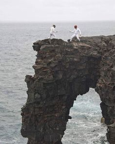 Épée fencers are always ready to fence...