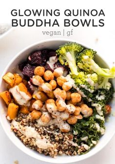 The BEST Vegan Quinoa Buddha Bowls! This easy recipe is packed with healthy roasted veggies, chickpeas and quinoa, all tossed in a creamy tahini sauce! Vegetarian and gluten-free. Clean Eating Recipes, Healthy Eating, Dinner Healthy, Healthy Food, Vegetarian Recipes, Healthy Recipes, Vegetarian Italian, Fast Recipes, Quinoa Bowl