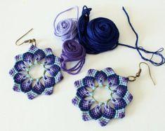 Items similar to Flower macramè earrings mandala dangle boho hippie aqua orange / colorful earrings / handmade earrings/ floral jewelry / textile jewelry on Etsy Macrame Earrings Tutorial, Macrame Tutorial, Earring Tutorial, Macrame Necklace, Macrame Jewelry, Macrame Bracelets, Diy Earrings, Earrings Handmade, Flower Earrings