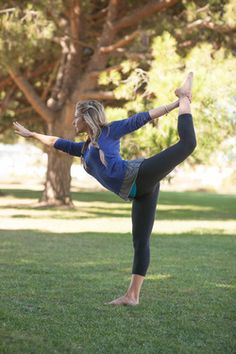 Yoga in the park DANA POINT FREE EVERY DAY AT 10AM...seriously best view i go…