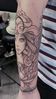 First sitting on this medusa tattoo, black and grey to be added at the next sitting. halloween tattoos Medusa Line Work Tattoo Line Work Tattoo, Line Tattoos, Black Tattoos, Body Art Tattoos, Arrow Tattoos, Dog Tattoos, Black Work Tattoo, Black Line Tattoo, Black And Grey Tattoos Sleeve