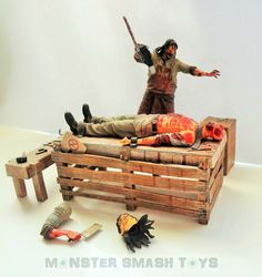 Texas Chainsaw Massacre The Beginning Action Figure Box Set / Diorama by NECA