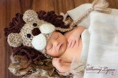 Lion Hat - Baby Lion Hat - Baby Hats - Halloween Costume - Cute and Soft Earflap Part of our NEW Safari Collection - This cute little Lion has been