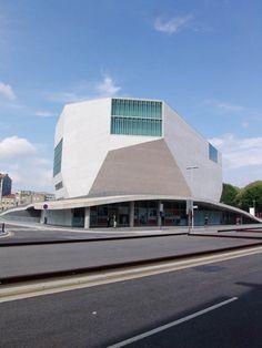 casa de musica by Rem Koolhaas, Porto