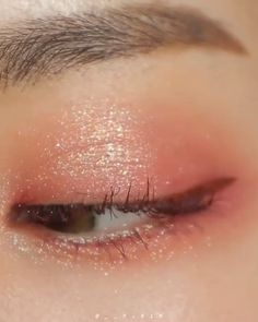 We are Wholesale Supplier Korean Cosmetics and Skincare Products. We are Wholesale Supplier Korean Cosmetics and Skincare Products. Korean Makeup Look, Korean Makeup Tips, Asian Eye Makeup, Korean Makeup Tutorials, Korean Beauty, Korean Makeup Products, Asian Beauty, Beauty Products, Eyeshadow Tutorials
