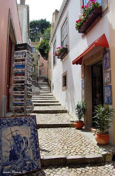 Sintra, Lisbon Region, Poortugal Enjoy Portugal Cottages and Manor Houses Travel to Portugal Portugal Honeymoons