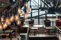 Bar Restaurant LE DOCK à Saint-Malo - Architecture intérieure par l'agence LABEL ETUDES Bar Restaurant, Light Bulb, Lighting, Architecture, Home Decor, Arquitetura, Decoration Home, Room Decor, Light Globes