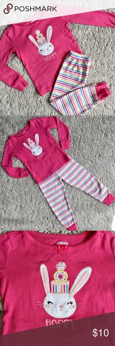Bunny Pajamas Cute cotton bunny pjs from Gymboree. In excellent condition. Perfect for Easter Gymboree Pajamas Pajama Sets