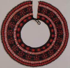 Palitos y flores Saraguro(Ecuadorian) beadwork necklace Brief history here