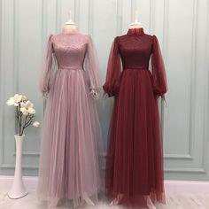 Hijab Evening Dress, Hijab Dress Party, Prom Dresses Long With Sleeves, Stylish Dress Designs, Stylish Dresses, Cute Dresses, Muslimah Wedding Dress, Hijab Wedding Dresses, Simple Bridesmaid Dresses