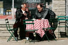 √ Coffee and Cinema: Movies Where Coffee Plays an Important Role Les Sopranos, Legendary Pictures, Tony Soprano, American Crime, Best Espresso, Great Tv Shows, The Godfather, Best Shows Ever, Best Tv