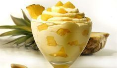 Easy sweet with yogurt and ananas Greek Sweets, Greek Desserts, Cold Desserts, Summer Desserts, Greek Recipes, No Bake Desserts, Dessert Recipes, Low Calorie Cake, Condensed Milk Recipes