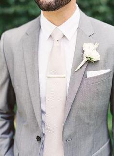 boutonnieres- groom with light grey wrap, GM with dark grey wrap