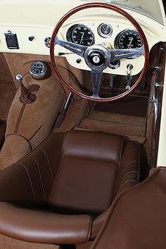 1957 Maserati 150 GT Spider inside