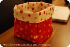 Paniers en tissu et Tuto - DIY. Brico,deco,cadeaux - Paniers en tissu et Tuto - DIY. Crochet Christmas Gifts, Crochet Gifts, Diy Couture, Couture Sewing, Creation Couture, Bago, Baby Sewing, Sewing Projects, Diy Crafts
