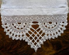 """Vintage Dresser Scarf, beautiful hand crocheted lace edging 18"""" X 64"""""""