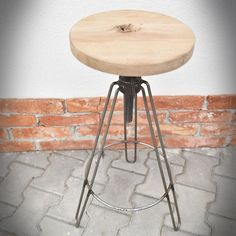 Stools, Memes, Furniture, Design, Home Decor, Iron, Woodwind Instrument, Stool, Benches