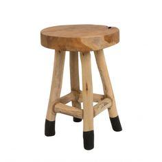 Entdecken Sie bei good:D im Onlineshop schöne Möbel im skandinavischen Stil! Der White Label Living Harry Stool begeistert mit seinem natürlichen Design!