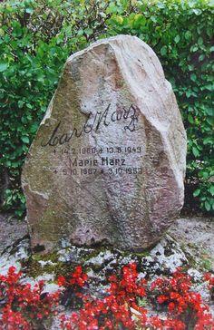 Carl Harz, Grabstein