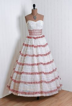 1950's Vintage Ivory-White Ethereal Red-Embroidered Chiffon-Couture Sweetheart Heavily-Ruched Plunge Shelf-Bust Strapless Nipped-Waist Rockabilly Ballerina-Cupcake Princess Tiered-Ruffle Bombshell Circle-Skirt Wedding Formal Cocktail Party Gown Dress