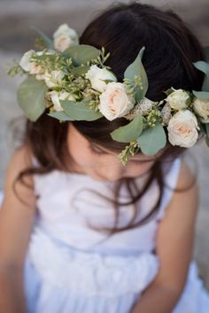 I love flower headbands for the flower girls. When I was a little girl, this would have made my life.