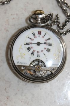 MILITARY HEBDOMAS 8 DAYS  POCKET WATCH.Vintage