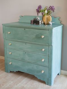 My first chalk paint dresser - Cuckoo4Design