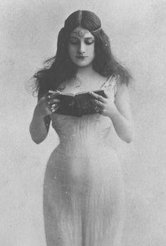 Mlle. Cora Laparcerie Belle époque actress by Leopold Reutlinger circa 1905
