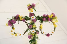 Summer Solstice, Floral Wreath, Arts And Crafts, Birthday Parties, Wreaths, Crafty, Flowers, Home Decor, Hem