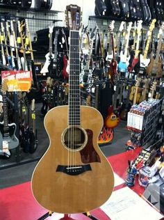 Taylor GC7 Guitar with L.R. Baggs pickup & case - $1599