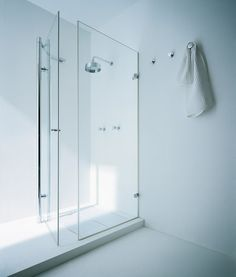 BAMBOO - Designer Shower screens from Ceramica Flaminia ✓ all information ✓ high-resolution images ✓ CADs ✓ catalogues ✓ contact information ✓. Locker Storage, Bamboo, Bathtub, Shower Screens, Bathroom, House, Showers, Furniture, Design