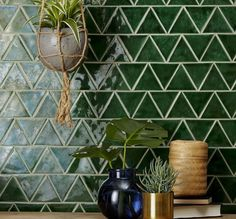 How to Improve Your Kitchen Backsplash with DIY Backsplash Ideas - If you don`t know what exactly is the kitchen backsplash then, it's the place on wall between the wall cabinets and countertops. It is intended to p. Kitchen Tile Diy, Kitchen Colors, Kitchen Backsplash, New Kitchen, Kitchen Decor, Kitchen Design, Backsplash Ideas, Awesome Kitchen, Green Tile Backsplash