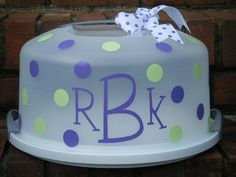 Monogram Cake Server - what a great idea for a gift/Cricut project!
