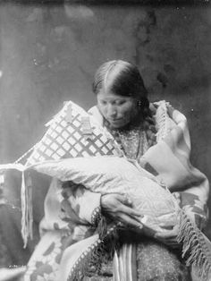 Northern Cheyenne mother and baby - 1905