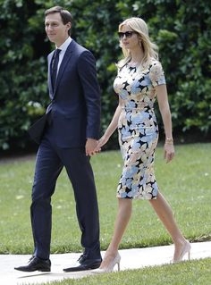 Ivanka Trump 'receives permission to fly on Sabbath' for father's trip abroad Ivanka Trump Style, Ivanka Trump Dress, Royal Dresses, First Lady Melania, Indian Outfits, Business Women, Gwyneth Paltrow, Casual, Classic Style