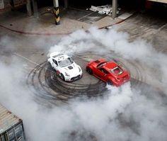 فيديو: عرض دريفت مُذهل قد يكون هو الأفضل على الإطلاق #سيارات #تيربو_العرب #صور #فيديو #Photo #Video #Power #car #motor