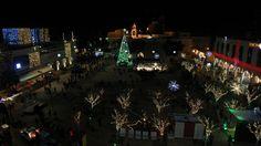 Árbol de Navidad en la Plaza del Pesebre, cerca de la Iglesia de la Natividad, reverenciada como el lugar de nacimiento de Jesucristo, en la bíblica ciudad cisjordana de Belén