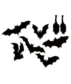 Flying Bats.  Great bat shape ideas for more diy Halloween decorations.